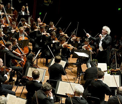 Berlin Philharmonic Orchestra conducted by Sir Simon Rattle